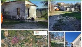 Rif. 094V - Fabbricato rurale con 2000 mq terreno edificabile Zona Via Vaschiola Torrevecchia Teatina CH ABRUZZO